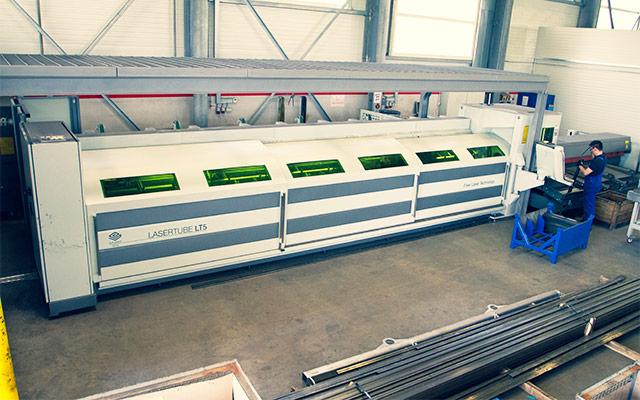 Naprava za laserski razrez cevi Lasertube LT5